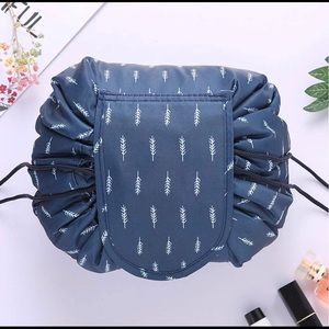 Portable Drawstring Makeup Bag, Cosmetic  Pouch